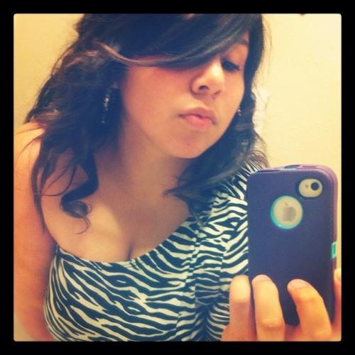 Clo2011's avatar