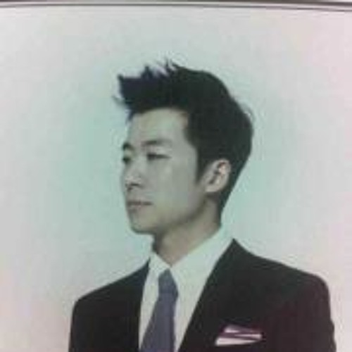 Moe Cho's avatar
