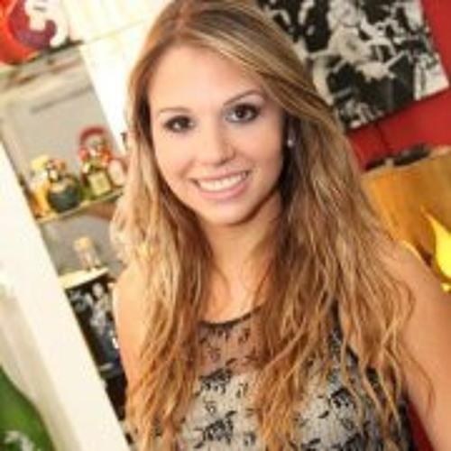 Bárbara Andrade 15's avatar