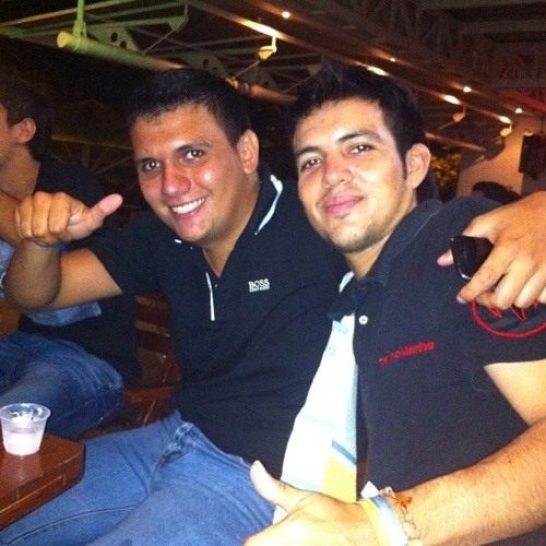 Andresestrada23's avatar