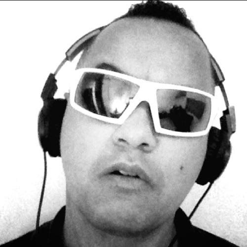 Davidmino13's avatar