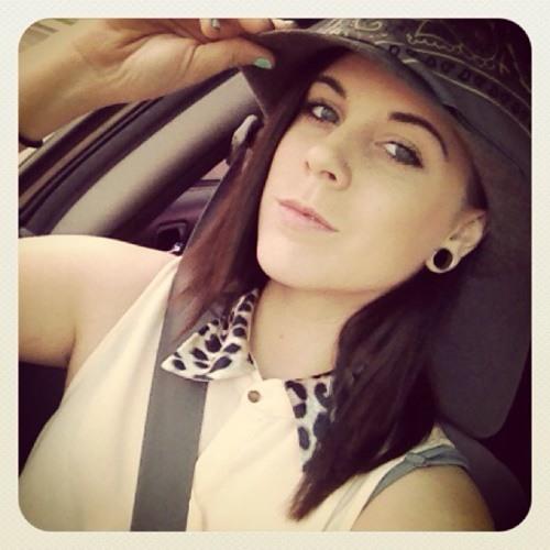 Chelsea Nicole Roosy's avatar