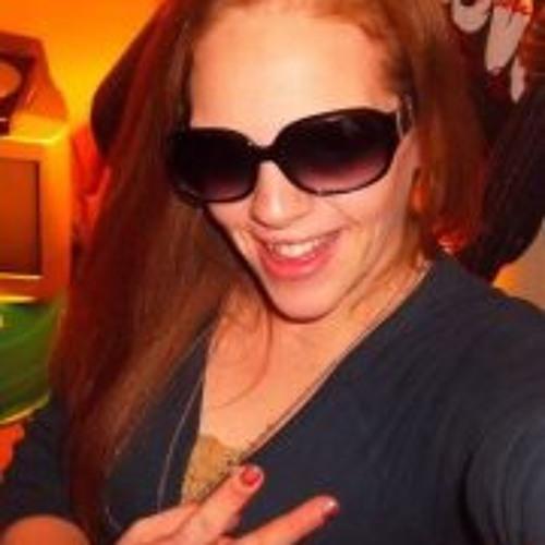 Ashlee Lynn Brown's avatar