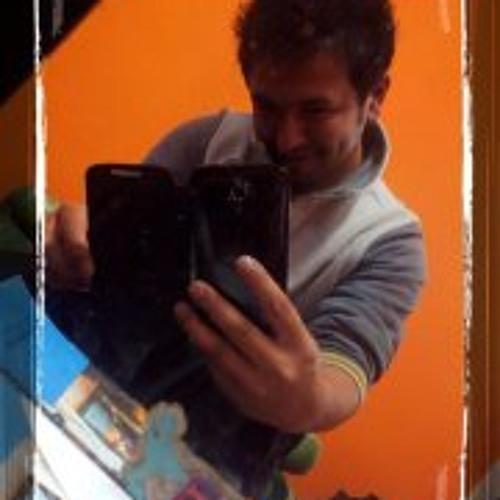 Bizz Pradhan's avatar