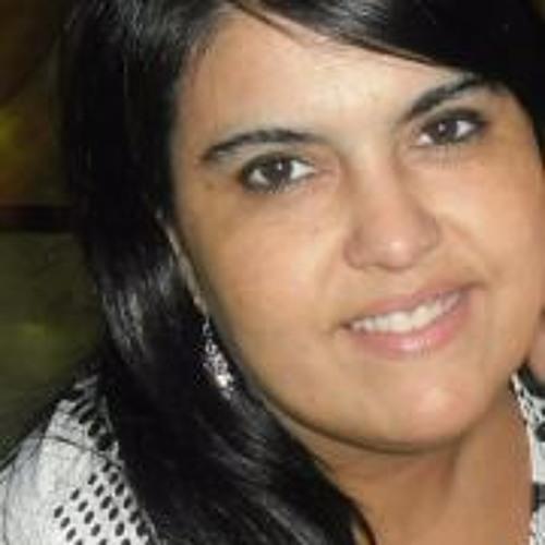 Clarizza Vera's avatar