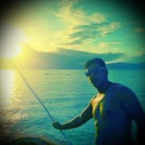 Cristian Luciano's avatar