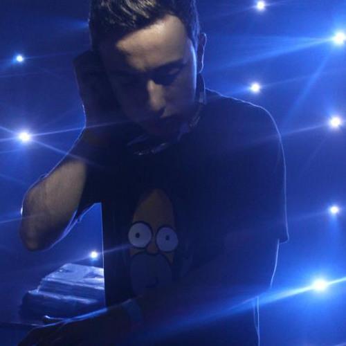 DjLeonardo David's avatar