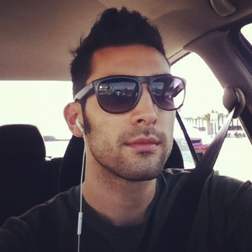Converse724's avatar