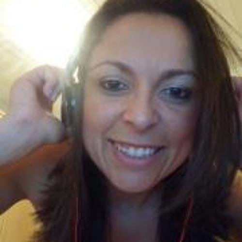 Juliana Santos Batista's avatar