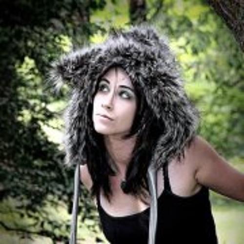 Nicole Lyvers's avatar