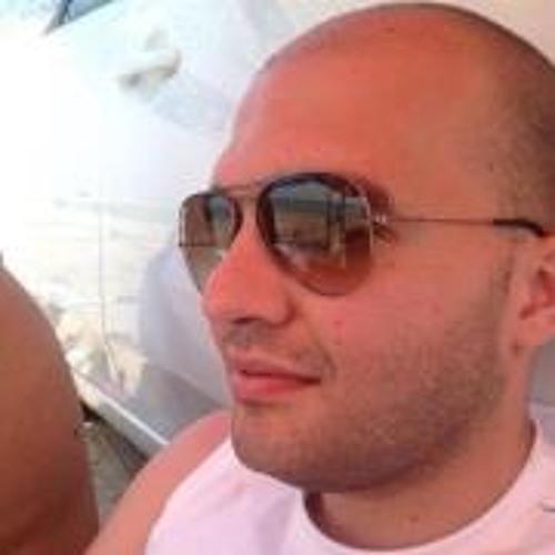 user332765390's avatar