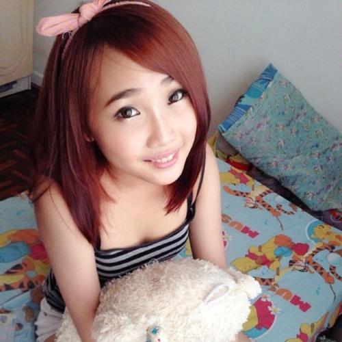 Joanne bii's avatar