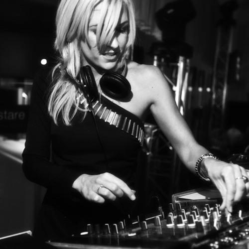 DJ Kit-T's avatar
