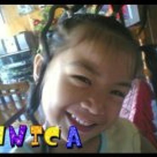 Unica Barinque's avatar