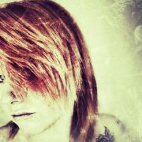 Katlina Aradina's avatar