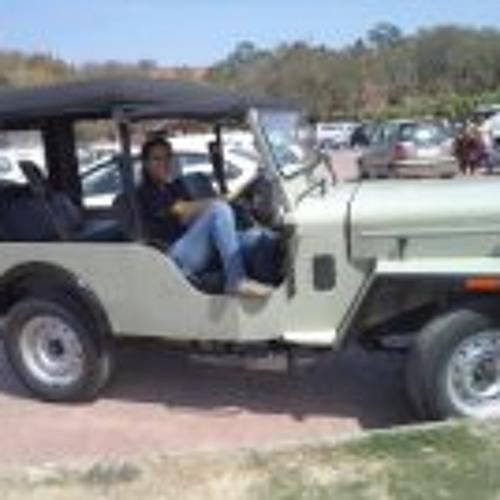 Balveen Kaur's avatar