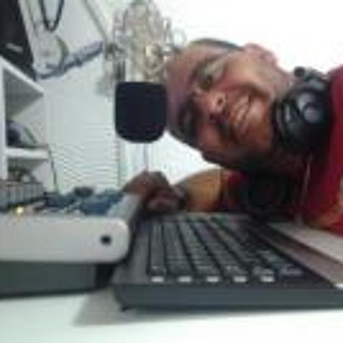 Rogério Cerdeira Britto's avatar
