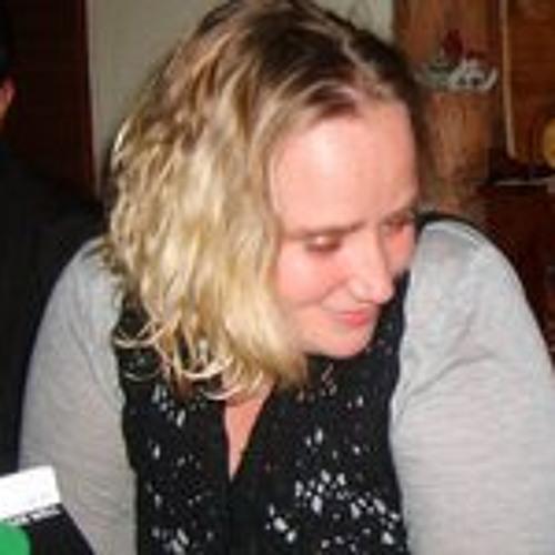 Becky Roberts 5's avatar