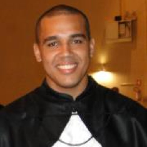 Eduardo Xavier 12's avatar