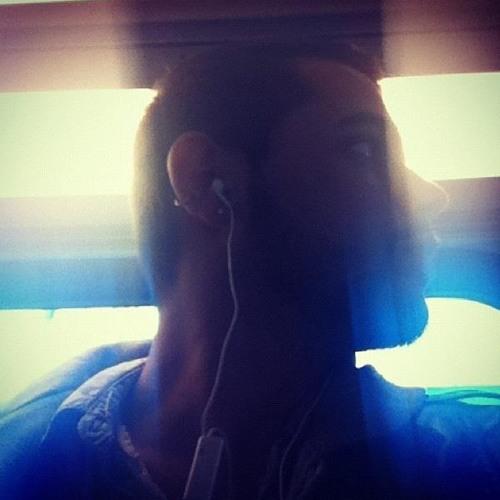 Milosh Safe's avatar