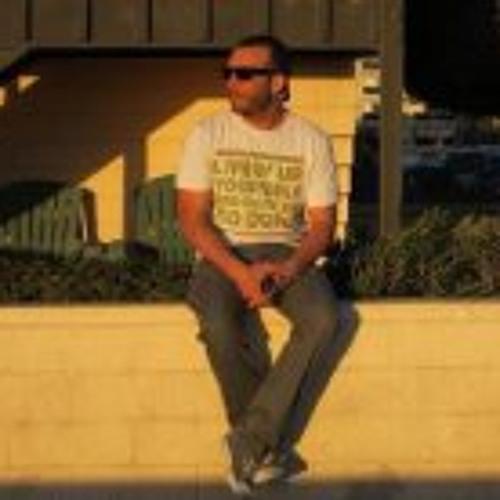 jose zegarra's avatar