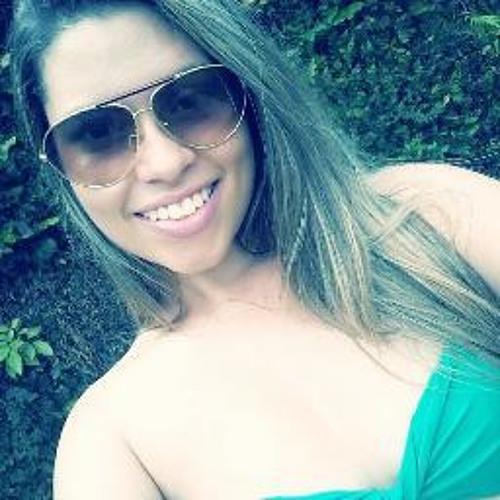 Thaila Paiva's avatar