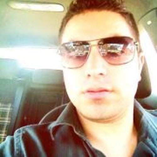 Alfredo Madueno's avatar