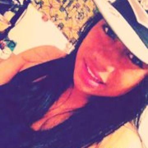 Sarai Loau's avatar