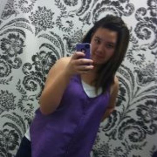Lara Carroll 1's avatar