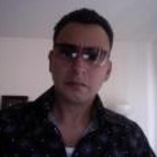 Max Luna 2's avatar