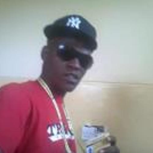 Ngonidzashe Machino's avatar