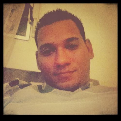 Iarod0414's avatar