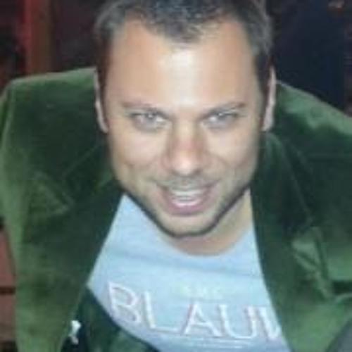 Hakan Saltık's avatar