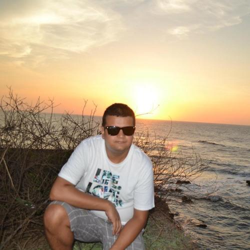 Camilo Marino's avatar