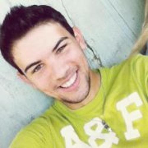 Andrew Andrade 5's avatar