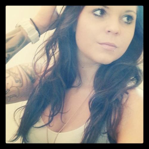 Jen Hld's avatar