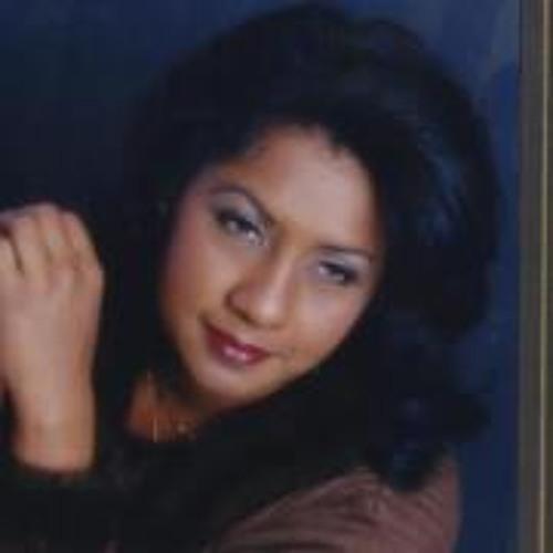 Clare Alford's avatar