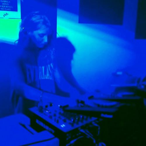 DJ Gabriela's avatar