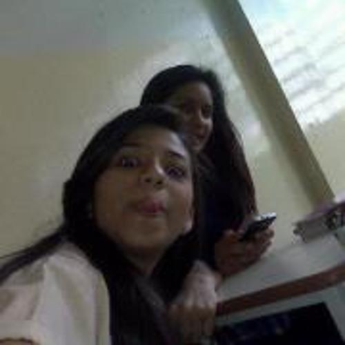 Nayari Torres's avatar