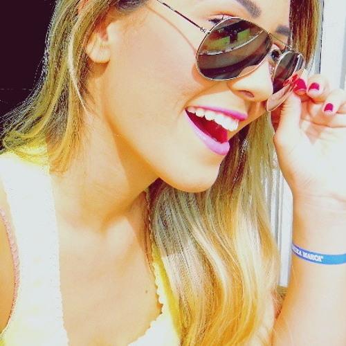 JulianaB92's avatar