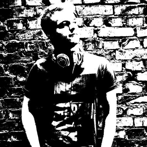 Mr.Smile93's avatar