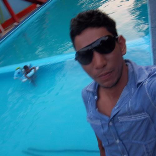 carlos daniel solis vega's avatar