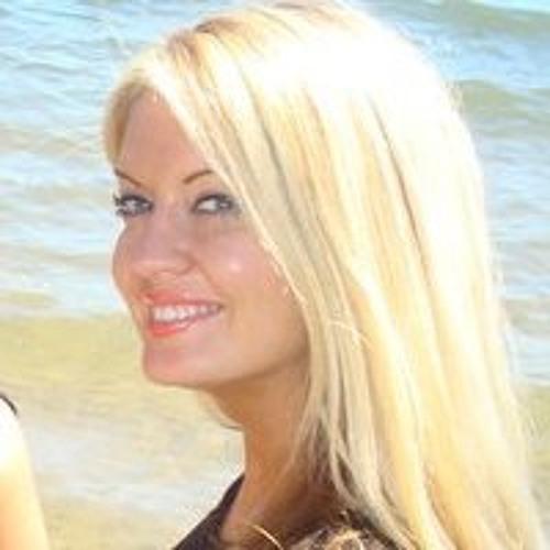 Arica Lee Peterson's avatar