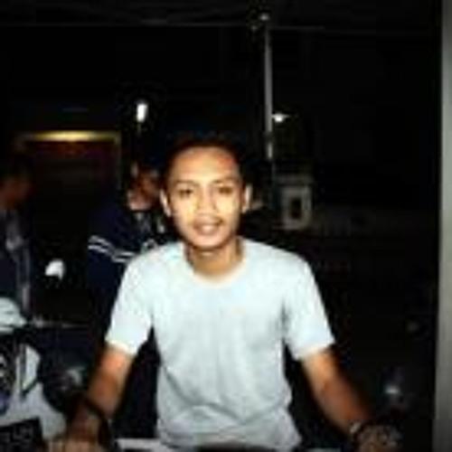 Muhammad Rofiq Almuwahid's avatar