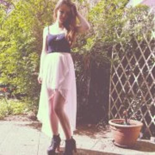 Ashley Hugot's avatar