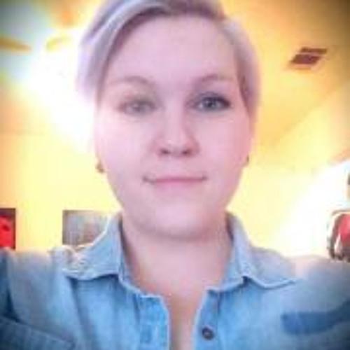 Michelle Mccomack's avatar