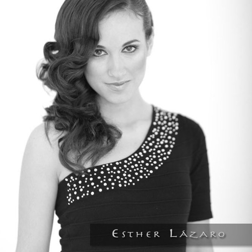 Esther Lázaro's avatar