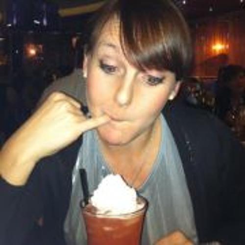 Sarah Thomas 40's avatar