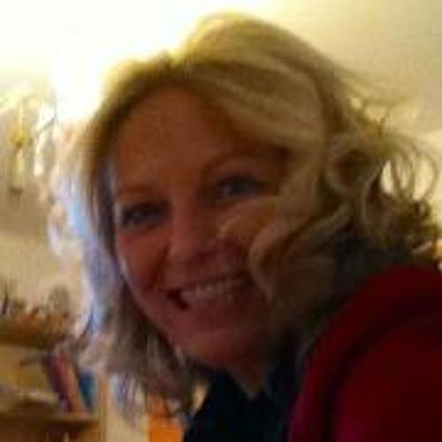 Melanie Mayolle's avatar