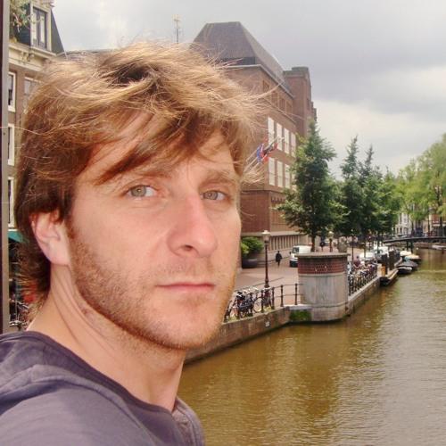 Emiliano Wolf's avatar